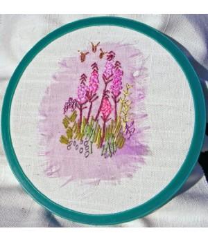 """7"""" Spring Embroidery Hoop"""